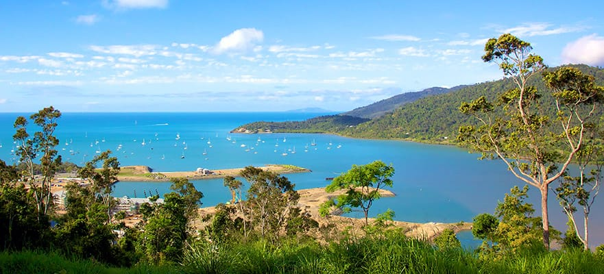 13-Day Australia from Sydney to Bali: Brisbane, Komodo, Darwin & Cairns