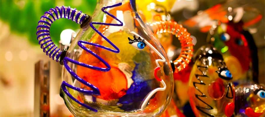 Glass blowing on your Venice cruise